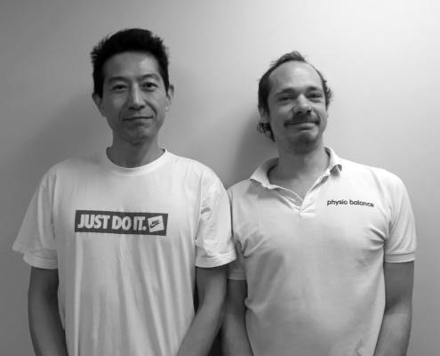 Die Physiotherapeuten Takeshi und Benjamin